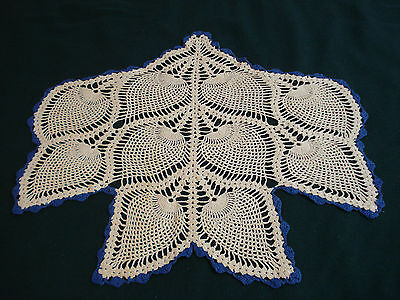 Vintage Hand Crocheted Doily Pineapple Design White Trimmed in Blue PERFECT COND