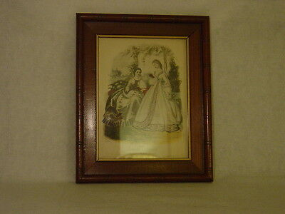 Lovely Antique Walnut Picture Frame with Edge Design & Gold Painted Window Box