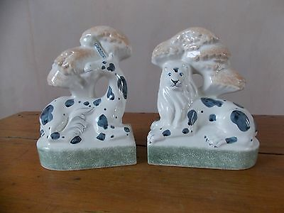 Rye Pottery figures Lion and Unicorn Bookends. Perfect condition RARE