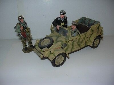 King & Country WSS102 Normandy Kübelwagen + 3 Figuren