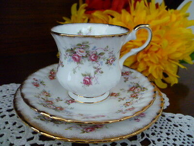 Elizabethan Rosamund Tea Cup Saucer & Plate Set   Bone China Made In  England