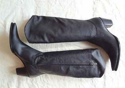 Cowgirl style knee high Leather boots by Renzi. sz 41 / 11 - Style and comfort!