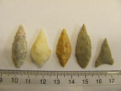 Lot of 5 original ancient arrowheads 5000-7000 yrs old