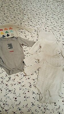Long sleeve body suits GAP & M & S 6-9 months