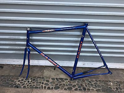 BASSO 59cm vintage road bike frame set. Made in Italy. Campagnolo record head se