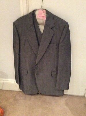 "Gents Vintage Suit Size 44"" Chest 34"" Trouser"