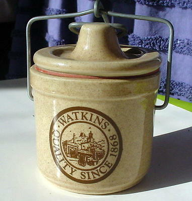 Watkins Cheese Crock - Rubber Seal And Wire Bail