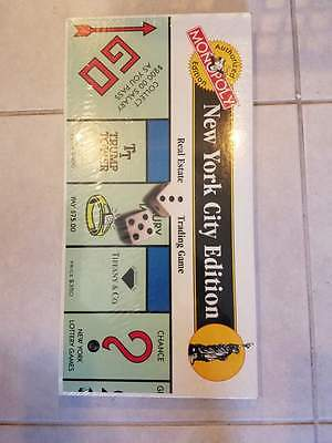 1995 New York City Edition  Monopoly Game Before 9/11 with Twin Towers