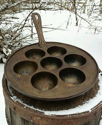 """VTG Cast Iron Monk Pan 9"""" Cake Primitive Rustic Metal Campfire Camping Cooking"""
