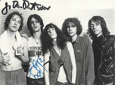 Patti Smith Group -VINTAGE Arista promotional photograph SIGNED by Lenny and Jay