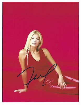 Faith Hill Signed Sexy 8.5x11 Autographed Photo This Kiss