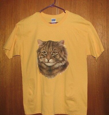Brown Tabby cat   ash gray or pink T-shirt. New! Your Size!!