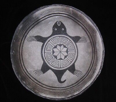 Anasazi Mimbres Replication of a Snapping Turtle Bowl
