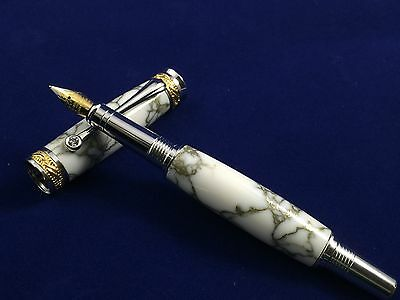 Majestic Jr 22kt Gold and Rhodium Fountain Pen
