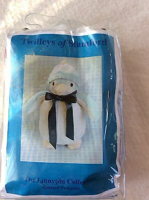 """Twilleyes of Stamford Knitted Penquin Kit ( ideal Present ) Height 13""""/33"""
