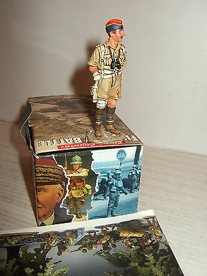 Rare King and Country Captured & Wounded Officer being questioned 1:30  Scale.