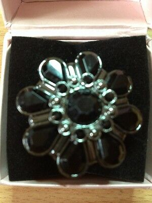Henleys Ladies Black Stoned Flower Ring Watch With Flexi Ring Band, new 60% off