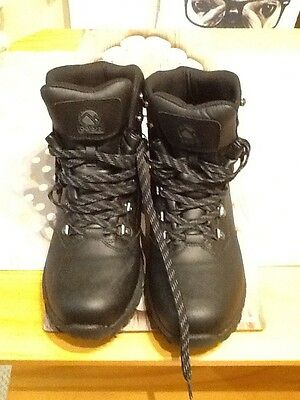 Mens Gelert Leather Hiking Boots Size 11 Worn Once !