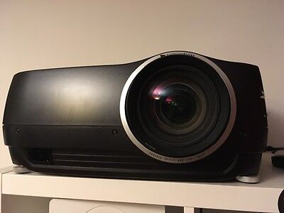 Projectiondesign Cineo3+ 1080 HD Projector with Barco EN13 Wide Angle Zoom Lens
