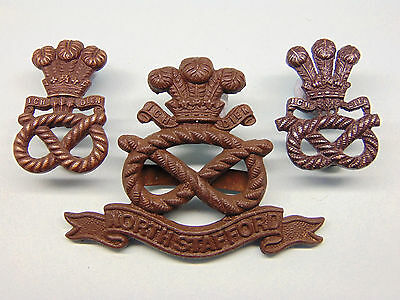 "The North Staffordshire Regiment Officer""s Cap/collar Badges."