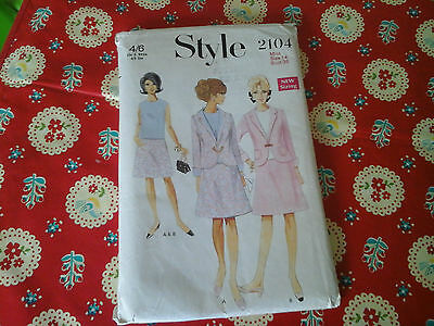 Vintage Style Sewing Pattern For A Blouse, Skirt And Jacket In Size Uk 14