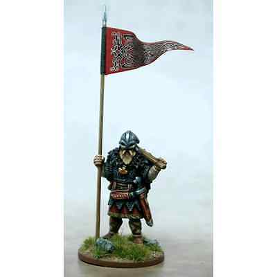 Gripping Beast: 28mm SAGA Viking War Banner & Bearer