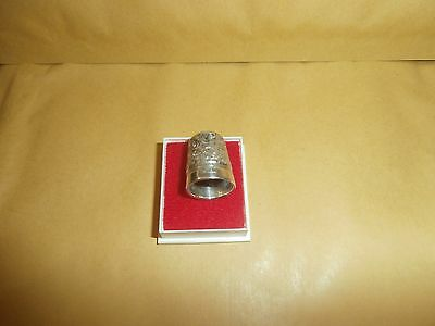 Antique silver thimble  pat .  9  swirl   pattern lot  4  in case as shown
