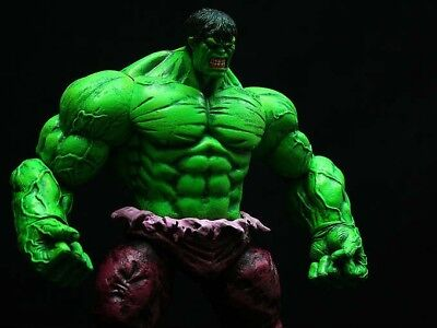 Hulk Action Figure Marvel Select 20 cm con Base