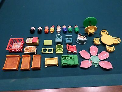Fisher Price tudor house 30 piece accessory group