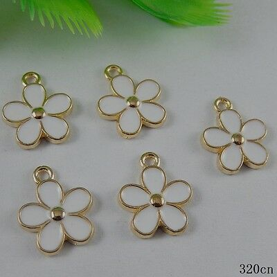 **8x  Gold&White Alloy Enamel Tiny Flower Jewelry Pendants Charms Findings 50994