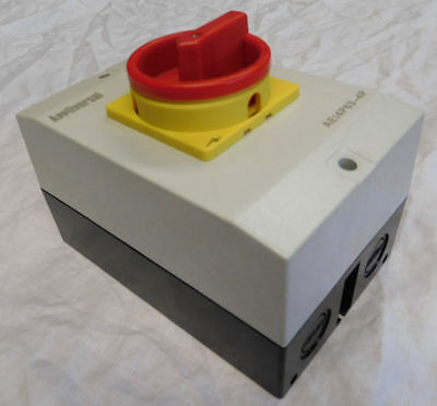 Appliversal Plastic Rotary Safety Switch Isolator 4 Pole Ip65 Weatherproof