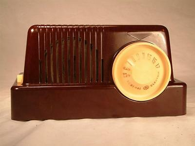 General Electric model C-401 tube radio - electrically restored and working