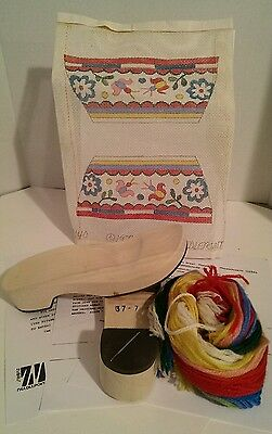NEW VINTAGE Wearable Wooden Shoes Needlepoint Kit, Size 7-8 Shoes Clogs, Crewel