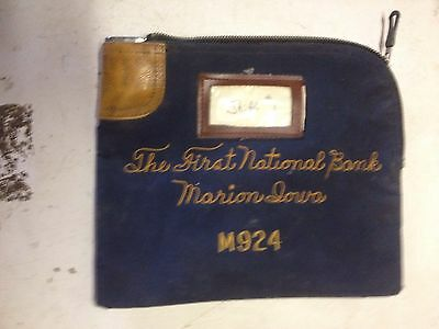 Collectible Nylon Zipper Locking Bank Money Bag First National Bank Marion Iowa