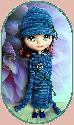 Blue knited outfit for Blythe doll* Dress* hat* shoes* necklace* dress hanger*