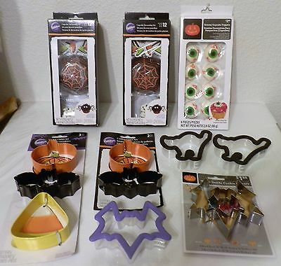Halloween Clearance Baking Lot -Cup Cakes Spider Kit, Cookie Cutters, Eyeballs