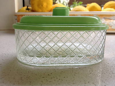 DIAMOND CUT GLASS CONTAINER WITH BAKELITE(?) LID in GREEN -MADE ENGLAND-VINTAGE