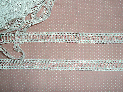 BNWT 3.5m white cotton eyelet insertion lace - 13mm at the widest points