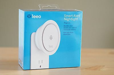 NEW Leeo Smart Alert Nightlight Smoke Carbon Monoxide Remote Alarm Monitor iOS