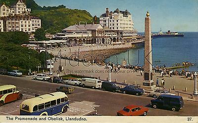 RV013 Old-fashioned-sized 1970s POSTCARD Prom & Obelisk, Llandudno - Posted 1972