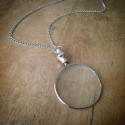 Vintage Style Shiny Silver Monocle Magnifying Glass Necklace - Pendant & Chain
