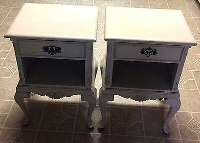 Pair of Vintage French Provincial Nightstand with Driver - NICE!
