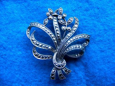 Lovely Antique Silver & Marcasite Art Deco Brooch
