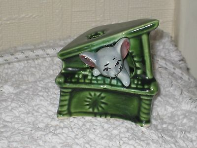 MOUSE in a SMALL GREEN PIANO of FOOT IN FOOT OUT SERIES.Ceramic Pottery Figure