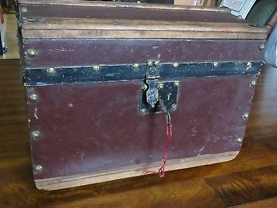 Antique Salesman Sample Steamer Trunk With Working Original Key Dome Top