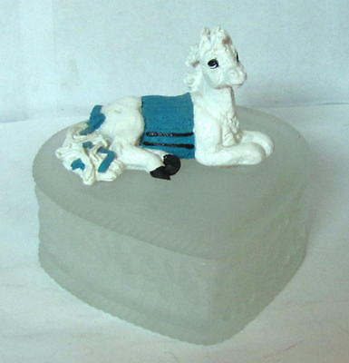Enesco Corporation Horse Figurine On  Trinket Or Jewlery Glass Heart Shaped  Box