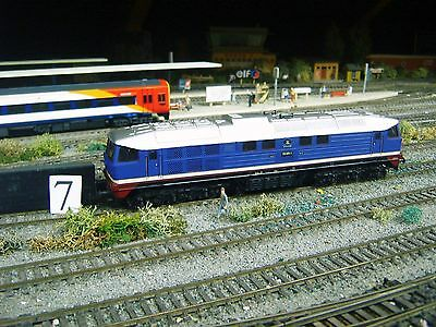 HO Piko Class BR130 diesel loco   (ENG 7)