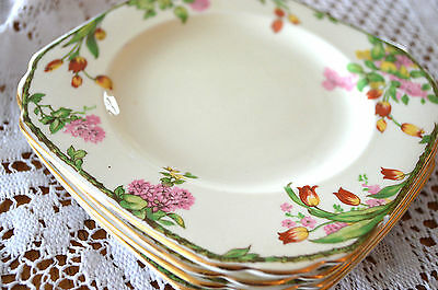 SET FLORAL PLATES Dessert or Bread DISHES PLANT TUSCAN CHINA England TULIPS EUC
