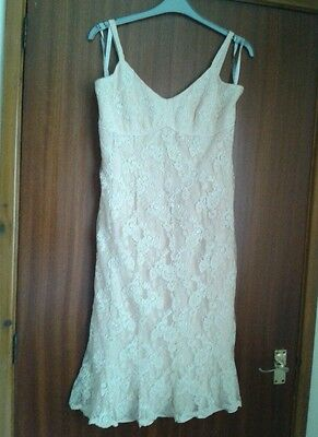 Ladies size 16 peach lace, sequinned coterie occasion/mother of bride dress