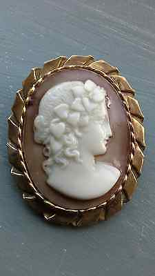 Edwardian Antique Large Cameo Brooch In Gilt Surround